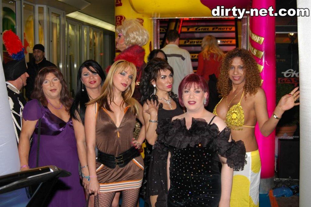 69_olivia_jones_yvonne_parker_trans_girls